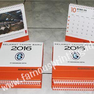 cetak kalender meja kedawung