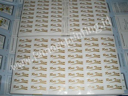 cetak stiker vinyl roti tiam